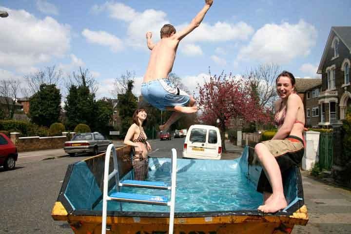 fotos jardins piscinas : fotos jardins piscinas:Dumpster Swimming Pool